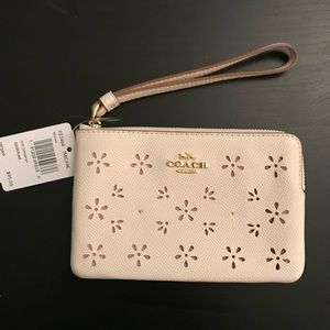 Coach Bags - NWT Coach Small Leather Wristlet